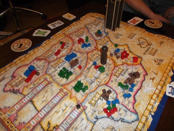 Situasjonen etter 9 runder (Hollender=grønn, Vegard=rød Peter=blå BA=brun)