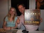Endeavours beste spiller ved siden av Endeavours beste kvinne.