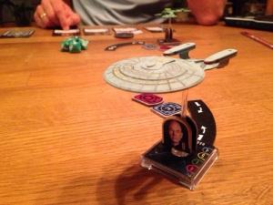 Føderasjonen hadde satt sine spor på fiendeskipet, klar for nådestøtet.
