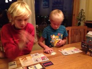 Spillet engasjerte de yngste spillerne sterkt.