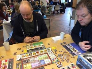 Manhattan Project er et kult spill med mange muligheter.