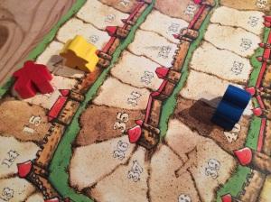 Sluttscoren med Saulius (rød) en runde bak.