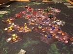 Spillet får en pluss på skalaen med kule miniatyrer og stilig bakteppe.