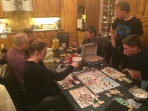 Mye aktivitet i løpet av kvelden; trajan og imperial settlers